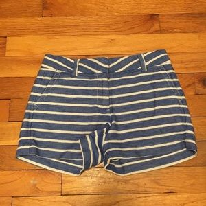 Vineyard Vines blue and white striped girls shorts